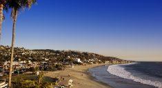 Laguna-Beach bei Los Angelges (bigstock / Kate Ovcharenko)