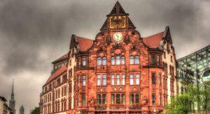 Altes Stadthaus in Dortmund (F: Bigstock / Leonid Andronov)