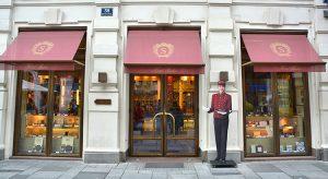 Hotel Sacher in Wien (F: Bigstock / Studio Barcelona)
