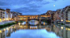Ponte Vecchio bei Nacht (F: Bigstock / elenarts)