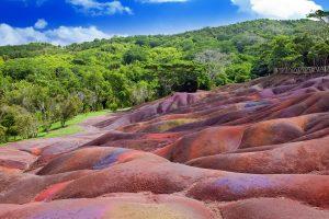 Siebenfarbige Erde bei Chamarel (F: FVA Mauritius)
