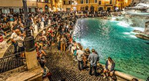 Begehrtes Fotomotiv: Trevi-Brunnen in Rom (F: Pixabay / kirkandmimi)