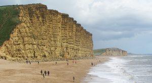 West Bay in England (F: Pixabay / Kenneth CW)