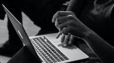 Reisen online buchen: Achtung vor Betrügern! (Foto: Sergey Zolkin / Unsplash)
