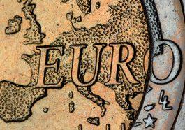 Bezahlen auf Reisen: Euro (Foto: Immo Wegmann via unsplash.com)